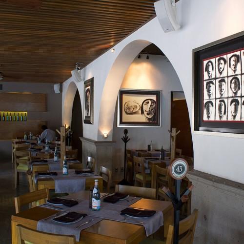 <span>La Moresca</span>: Enmarcado de las pinturas elaborado por nosotros.